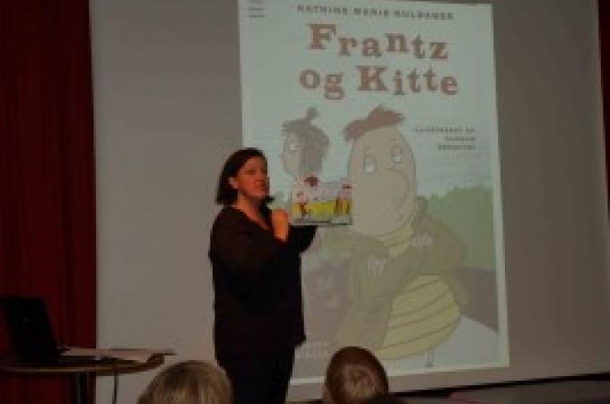Lotte Lykke Simonsen, Carlsen